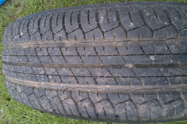 Large Cracks In Tyres